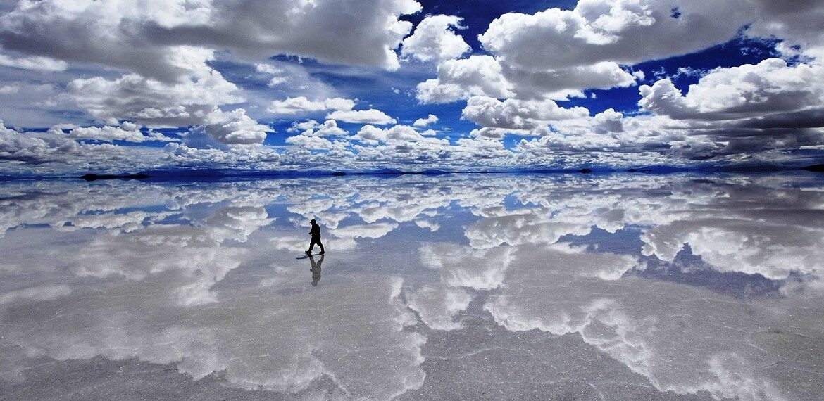 salt flats Uyuni beautiful picture