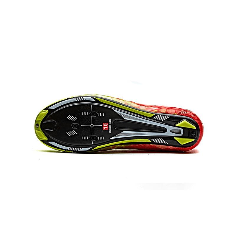 TD custom wielerschoen onderkant carbon zool