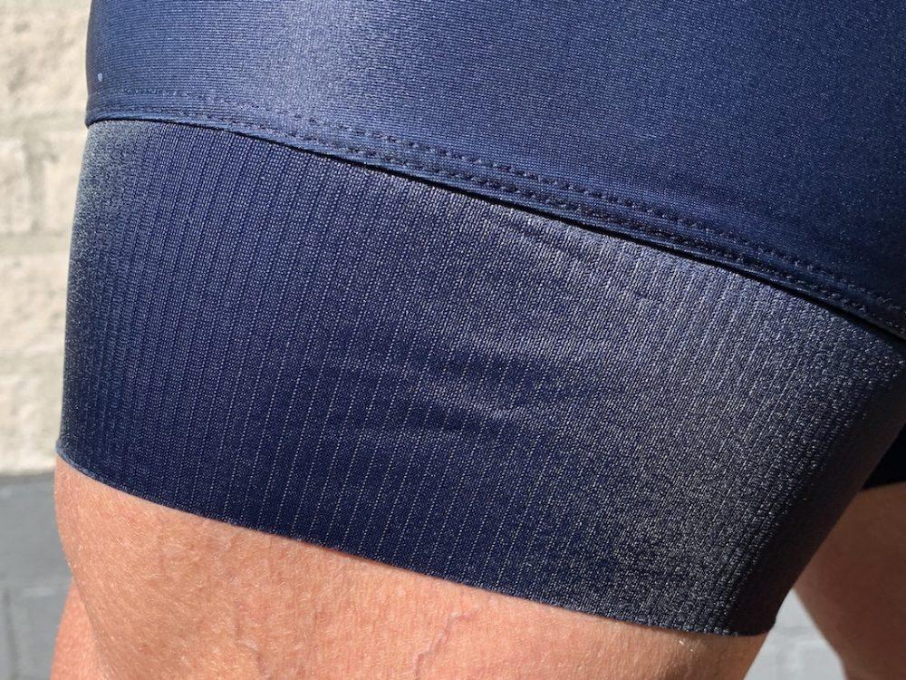 Pro 100/300 broek kort gripper detail foto